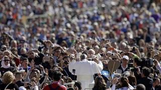 Papa Francisco entre multitudes
