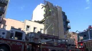 Colapso de un andamio de un edificio en brooklyn