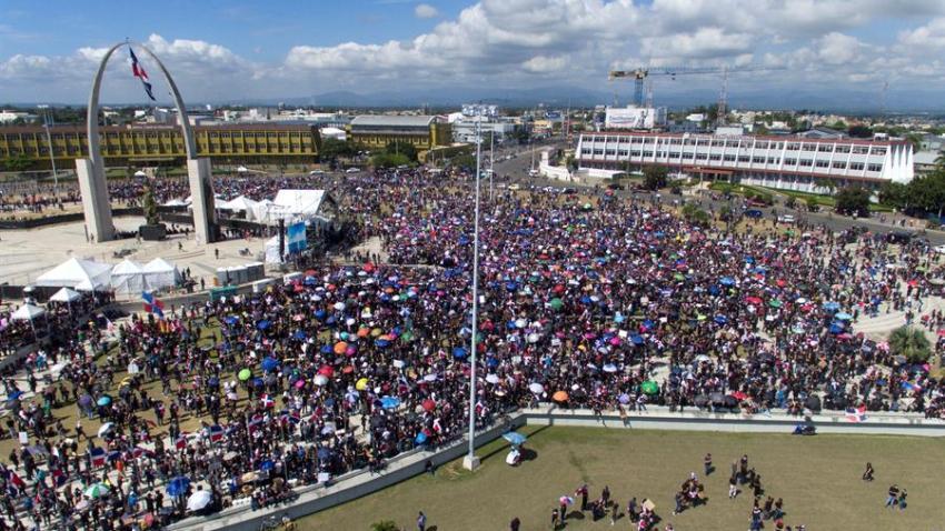 TLMD-Dominicana-protestas-4-22720-EFE
