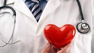 TLMD-doctor-generica-corazon-amor-hospital
