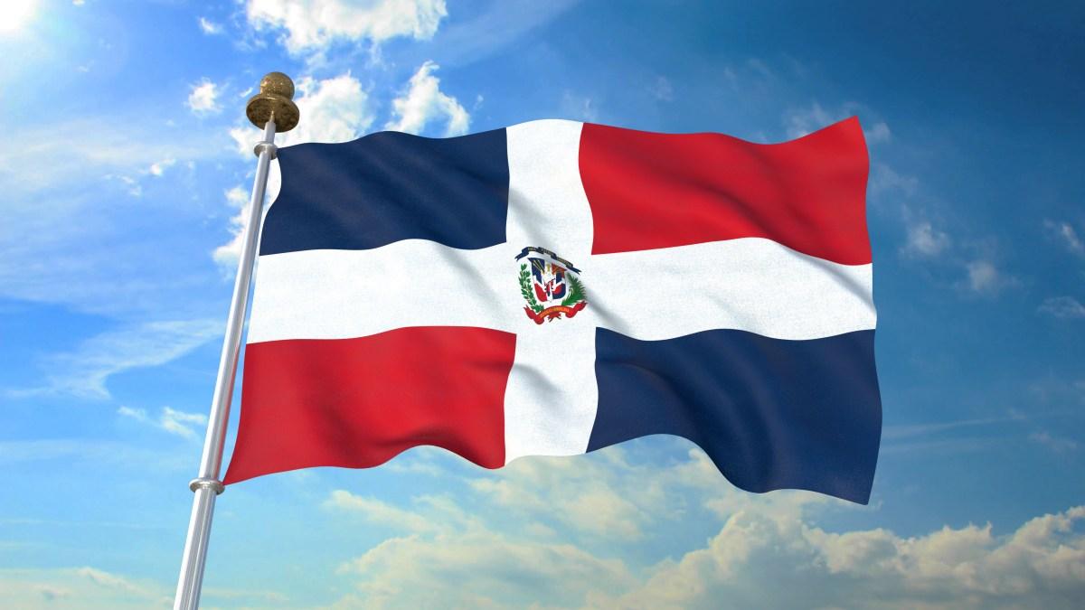 quien izo la bandera dominicana