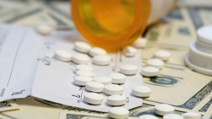 TLMD-generico-medicina-medicamento-pastilla-tableta-shutterstock_302470811