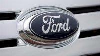 Ford llama a revisión miles de Explorer por riesgo de que pieza del techo se desprenda