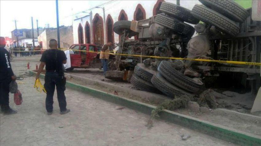 TLMD-mexico-zacatecas-procesion-camion-atropellados-EFE-10989910w