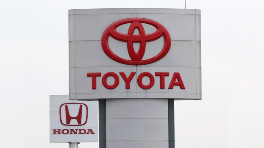 Logos de los fabricantes de autos Toyoya y Honda