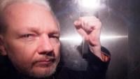 Médicos reclaman por la salud de Assange