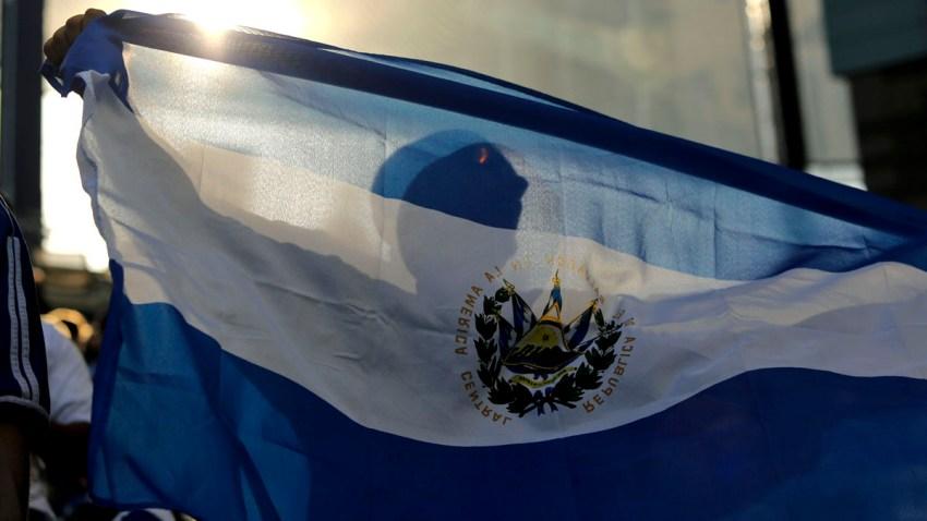 Bandera-ElSalvador