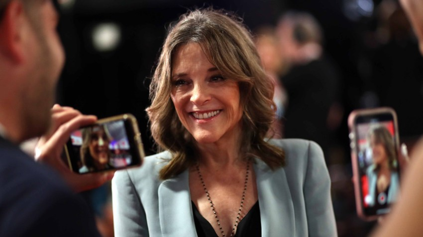 Candidata democrata Marianne Williamson