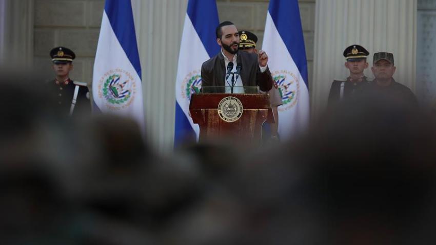 En la imagen un registro del presidente de El Salvador, Nayib Bukele