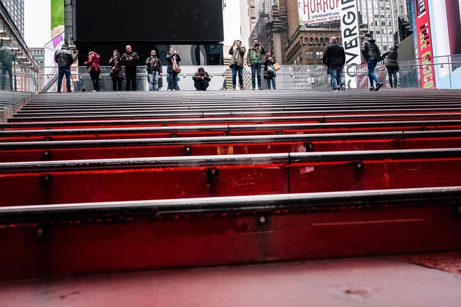 Escaleras de Times Square. Foto tomada el 17 de marzo. Crédito: EFE
