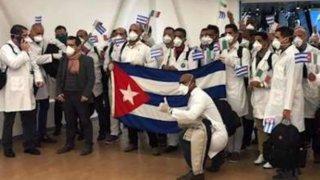 Médicos cubanos llegan a México