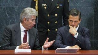 Expresidente Peña Nieto con excolaborador