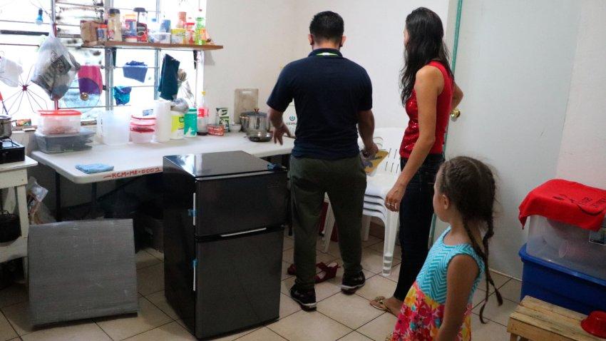 Migrantes se mudan a casa alquilada