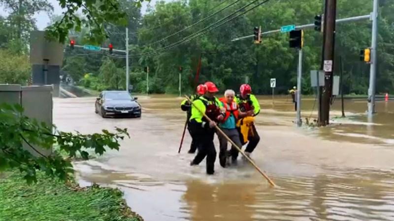 Fotos: rescates en calles inundadas del DMV