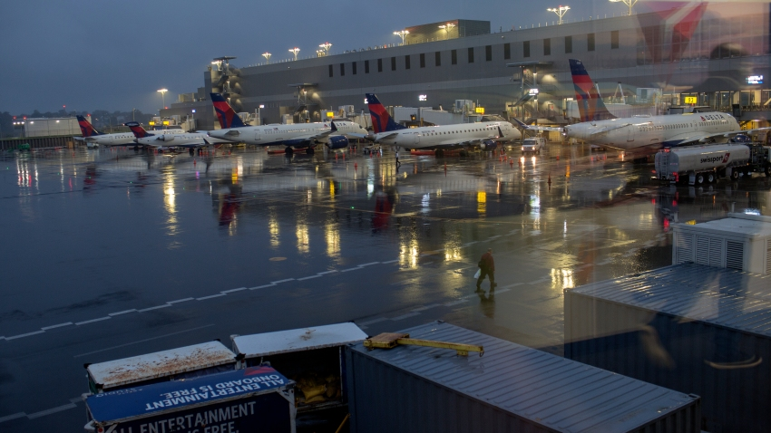 Delta airplanes at LaGuardia Airport