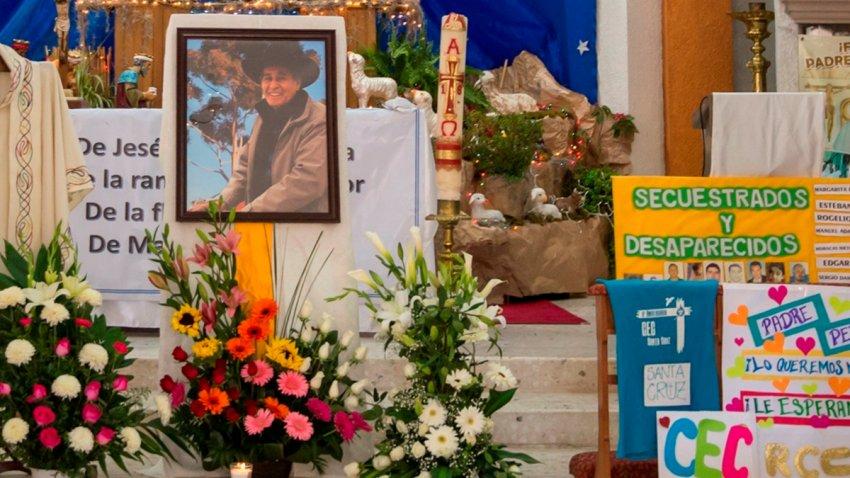 """Altar en honor del """"Pastor de los Migrantes"""", en Saltillo"""