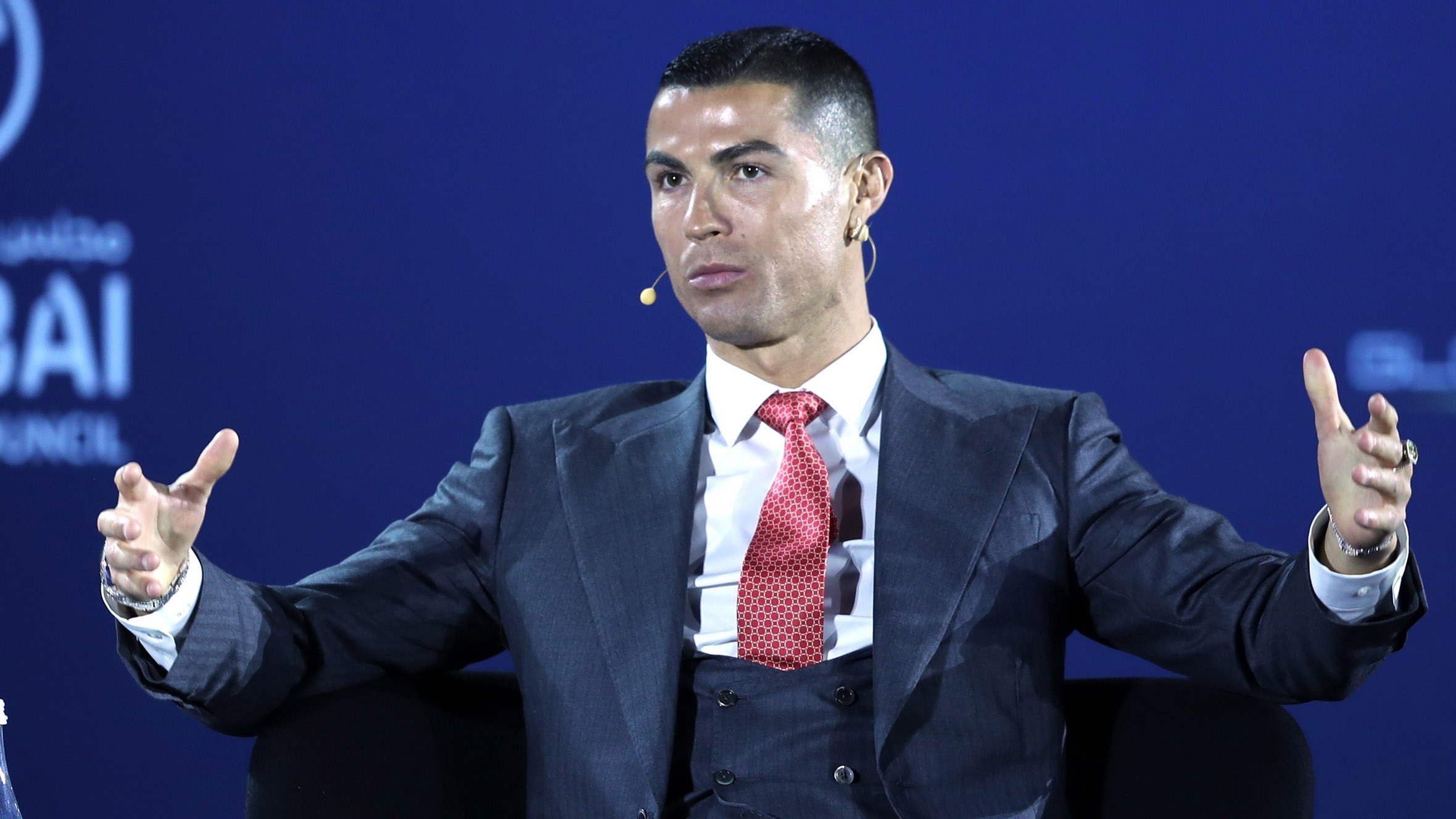 Cristiano Ronaldo, o melhor do século segundo o Globe Soccer Awards -.