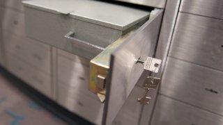 TLMD-cajas-de-deposito-safe-boxes-banco-GettyImages-