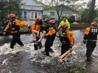 Las brigadas del NYPD y del FDNY han mostrado valor, heroísmo y destreza en el rescate de víctimas del inclemente huracán Florence.
