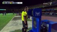 La tecnología se hace presente en la Copa América Brasil 2019 y resuelve la primer tarjeta amarilla a Saucedo Pereyra.