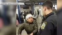 Defensores de la ciudad de Nueva York se tomaron las calles para exigir que termine el acoso contra los vendedores deambulantes.