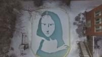 Con una pala y algo de nieve recreó una de las pinturas más famosas de la historia.