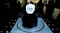 """Este diamante en bruto es de """"transparencia excepcional"""" y va a subasta."""