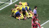 Tailandia pudo tapar el primer intento pero no pudieron escaparse del segundo gol