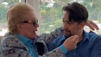 El artista forma parte del documental sobre el fallecido astrólogo y narra varias anécdotas personales con Walter Mercado.