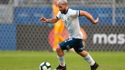 El ''Kun'' Aguero no perdona y mete el segundo de Argentina