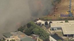 Imágenes aéreas de un incendio forestal en Los Ángeles