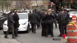 Hombre muere a balazos en Brooklyn
