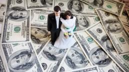¿Presión social para casarse? Empresa se dedica a organizar bodas falsas