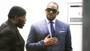 """R. Kelly acusa a su exesposa de """"destruir"""" su nombre"""