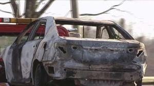 Dos víctimas encontradas en autos en llamas en tan solo dos días