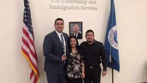 """Una """"laguna legal"""" ayudaría a los dreamers a lograr la ciudadanía"""