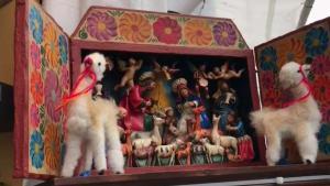 Hispanos se destacan en mercado navideño de DC