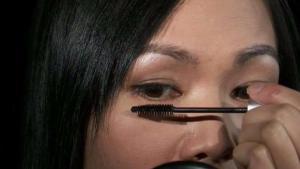 Los peligros del maquillaje viejo o compartido
