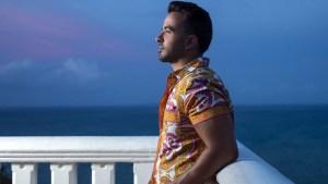 Luis Fonsi muestra las playas de Puerto Rico en nuevo video
