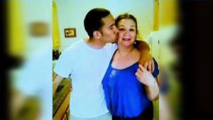 Madre hispana pide justicia por hijo asesinado a tiros