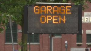 Niegan fondos para reparar estacionamiento en Lawrence