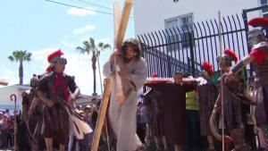 Procesión de Viernes Santo en Barrio Logan