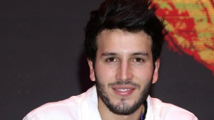 Sebastián Yatra celebra sus nominaciones a los Latin AMAs