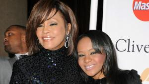 Bobby Brown: Whitney Houston fumó marihuana con su hija
