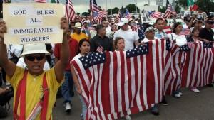 ¿Qué hace falta para ser migrante con estatus legal?