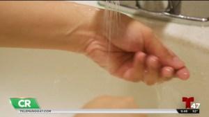 Lavar las manos para evitar enfermedades