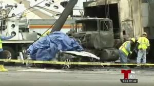 Dos personas murieron al incendiarse su auto en choque