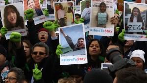 Gobierno de EEUU no descarta naturalizar a dreamers
