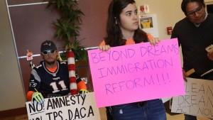Legisladores presentan nueva propuesta para dreamers