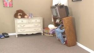 Evita tragedia, ajuste TV y muebles